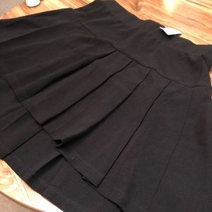 Black pleated swing skirt size 18